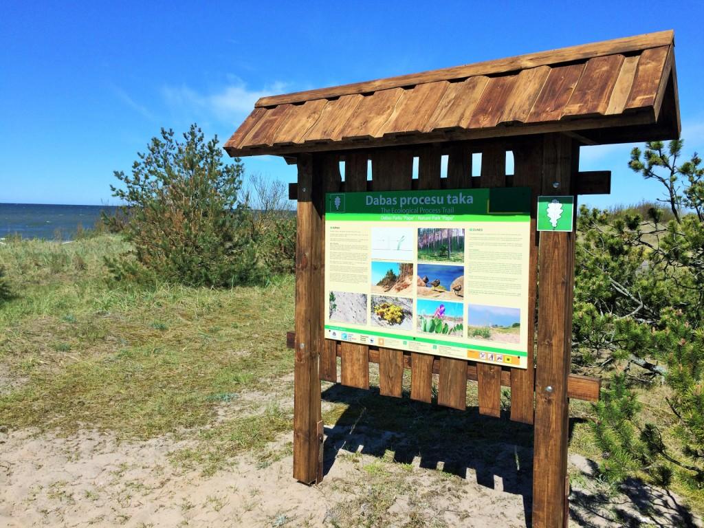 """Ekoloģisko procesu taka dabas parkā """"Pape"""""""